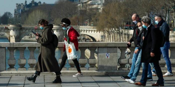 Fransada koronavirus fəlakəti yaşanır