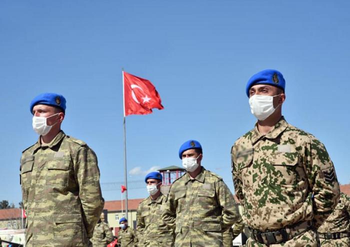 Hərbçilərimiz Türkiyədə komando kursu keçdilər -  FOTOLAR