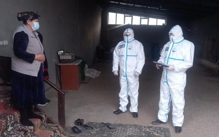 Polis koronavirusa yoluxan sakinləri ziyarət etdi