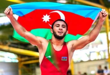 Luchador azerbaiyano consigue el bronce en el Campeonato de Europa