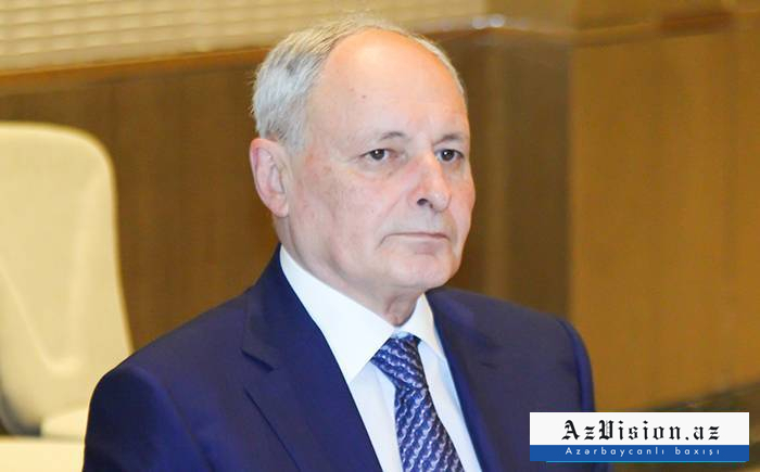 Oqtay Şirəliyev vəzifəsindən azad edildi
