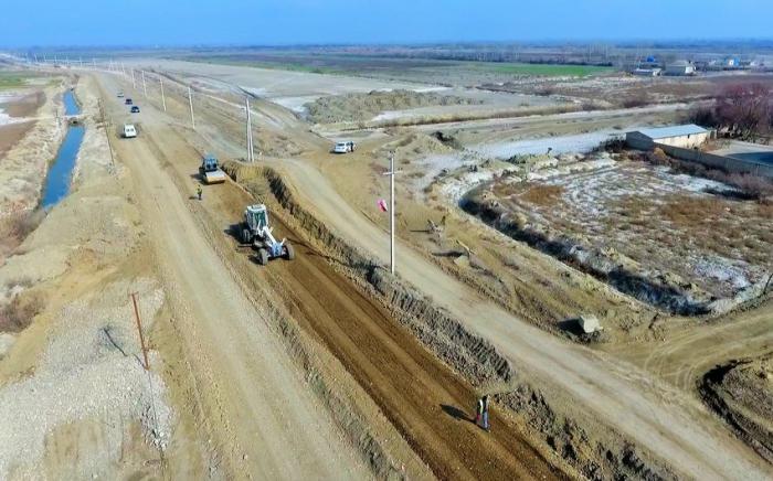 5 rayonda kənd yolları yenidən qurulur