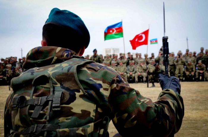 بدء التدريبات المشتركة للجيشين الأذربيجاني والتركي