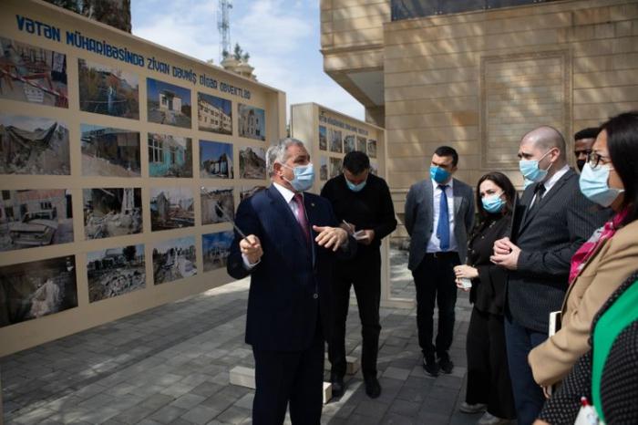 UN-Vertreter besuchen Konfliktgebiete-  FOTO