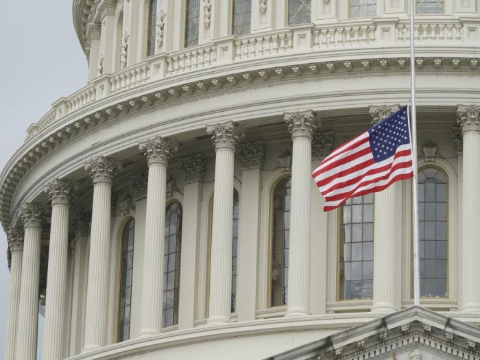 """Washington va """"examiner"""" les ventes d"""