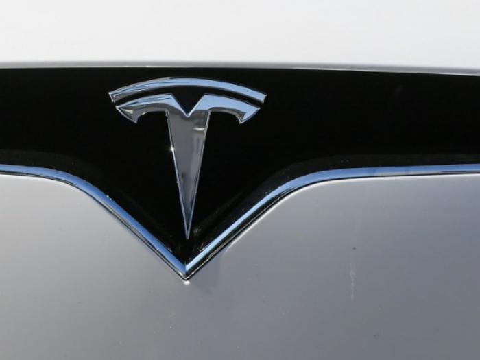 Etats-Unis: accident mortel avec une Tesla apparemment sans conducteurau Texas