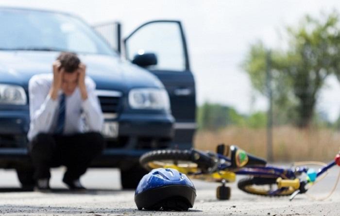 Şəkidə maşınla vurulan velosipedçi öldü