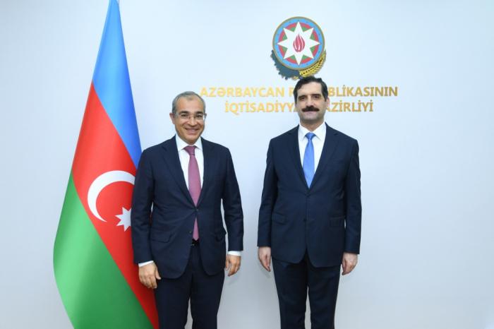 Turquía lidera los países que invierten en el sector no petrolero de Azerbaiyán