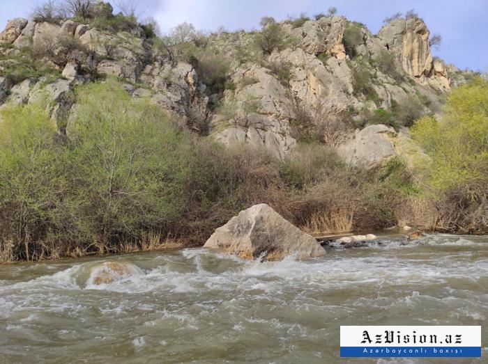الإرهاب البيئي:  الأرمن يلوثون عمدًا أوخشوشاي -  صور