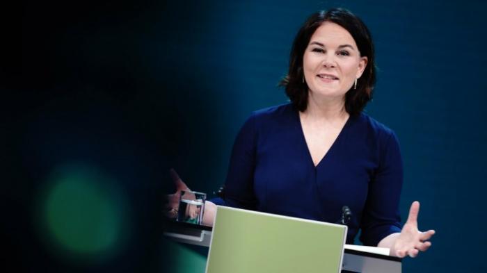 Designierte Kanzlerkandidatin Baerbock wirbt für Neuanfang