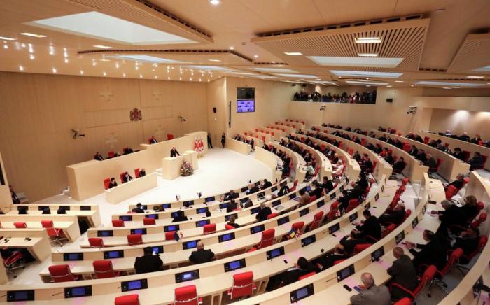 البرلمان الجورجي يناقش كاراباخ