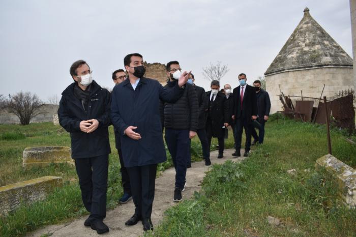La delegación del Consejo Turco parte hacia Agdam -  FOTOS