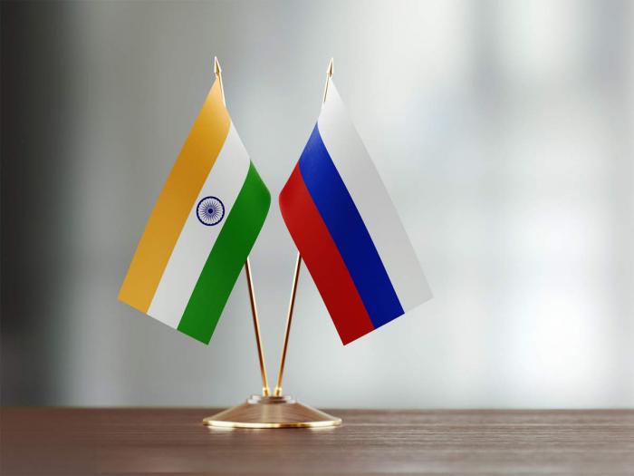 Kreml Dehli ilə İslamabad arasında balans yarada biləcəkmi?