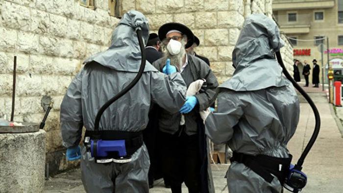 İsraildə küçədə maska taxmaq tələbi ləğv edildi