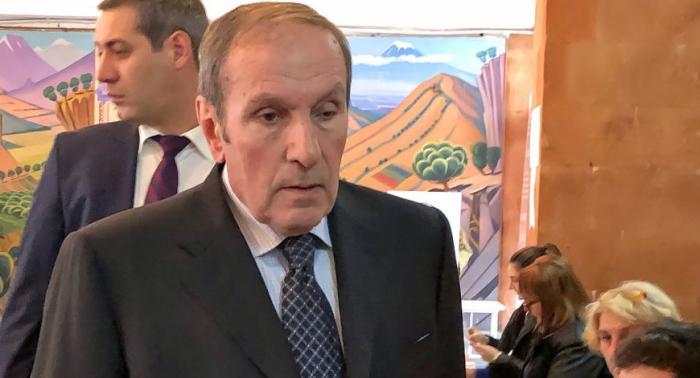 Ter-Petrosyanın partiyası seçkilərə qatılır