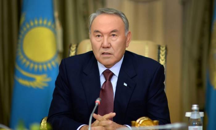 Nazarbayev Assambleya sədri vəzifəsindən getdi
