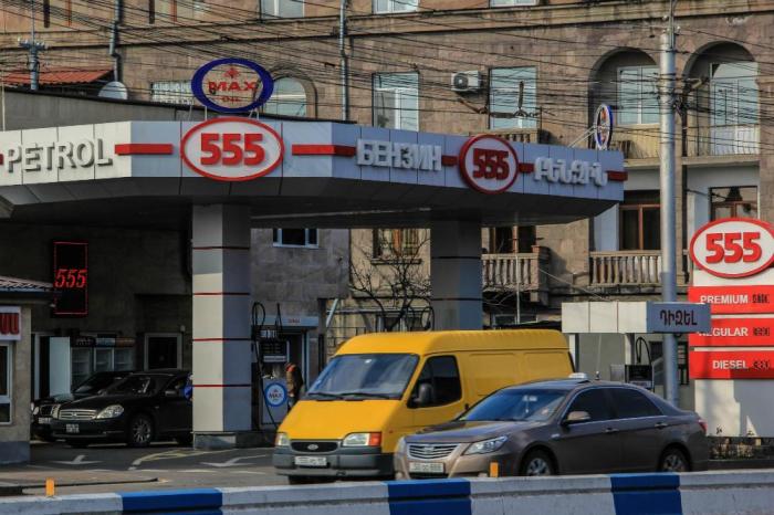 Ermənistanda benzin bahalaşdı