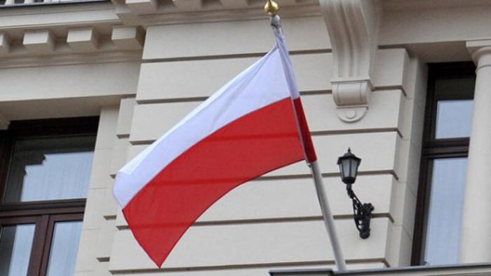 """Polşa Rusiyanın 3 diplomatını """"persona non qrata"""" elan etdi"""