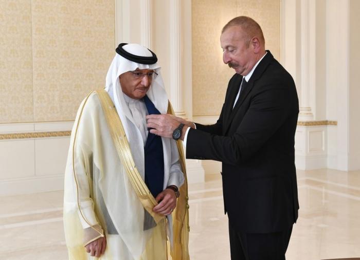 President Aliyev presents Dostlug Order to OIC Sec-Gen