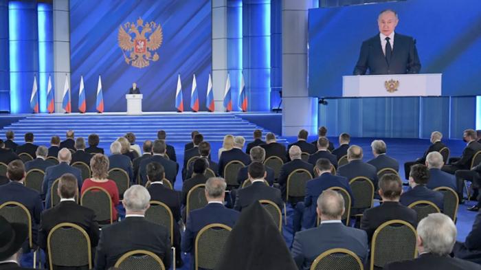 Putin Belarusda dövlət çevrilişi cəhdindən danışdı