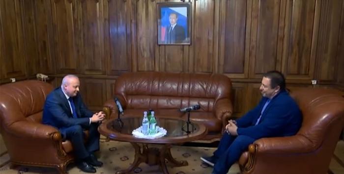 Rusiya səfiri Tsarukyanla görüşüb