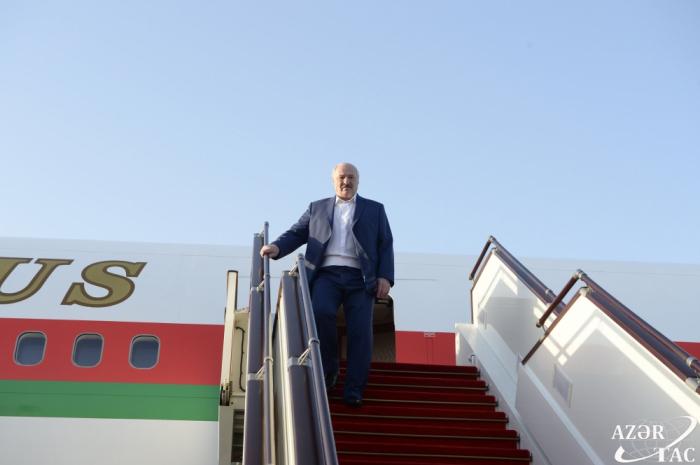 Le président bélarussien Loukachenko est arrivé en Azerbaïdjan