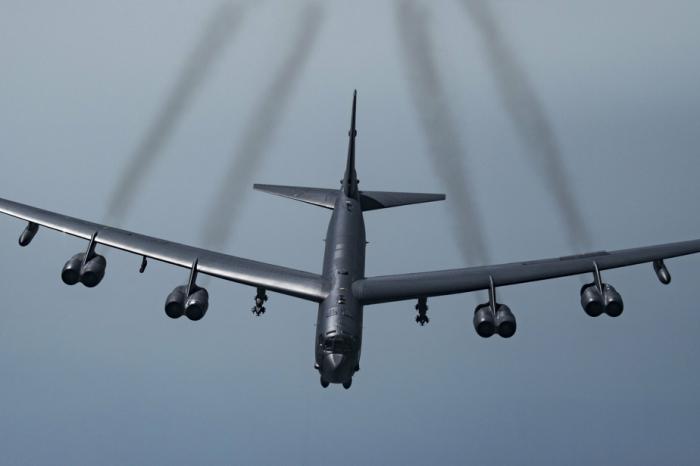 Des avions américains aident à repousser les talibans enAfghanistan
