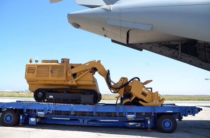 جلب معدات إزالة الألغام من تركيا إلى أذربيجان -   فيديو