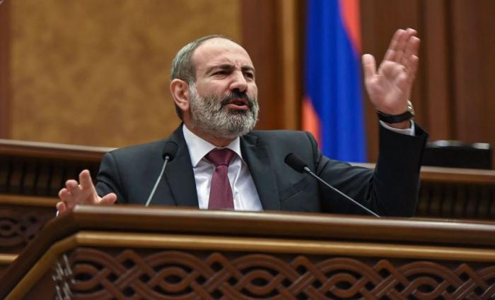 Paşinyan Ter-Petrosyan və Koçaryanı debata çağırdı