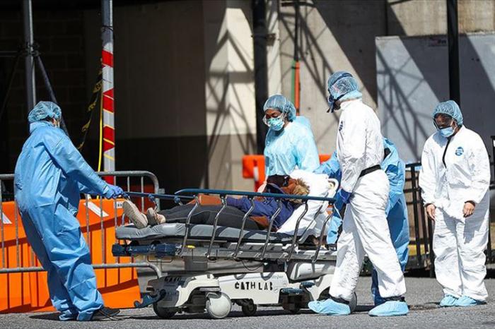 ABŞ-da koronavirusdan ölüm sayı 584 mini ötdü
