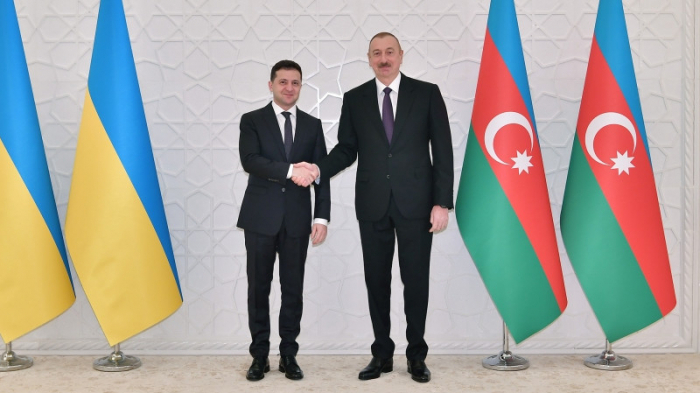 President of Ukraine congratulates Azerbaijani counterpart