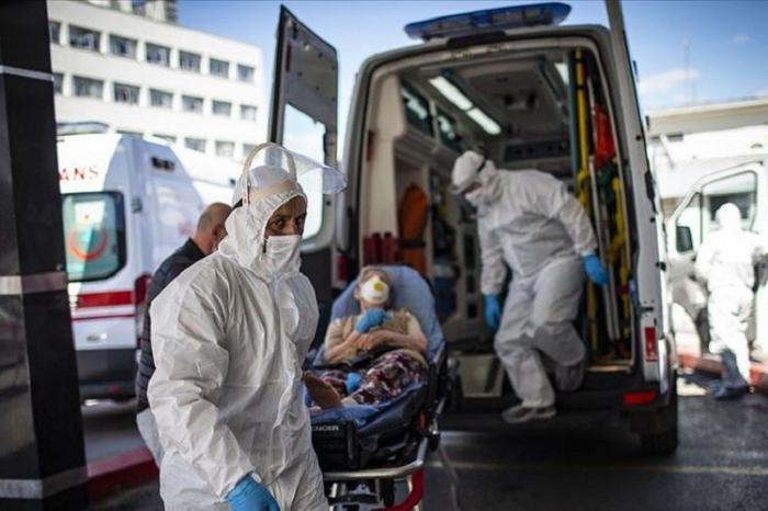 Türkiyədə daha 282 nəfər koronavirusdan ölüb