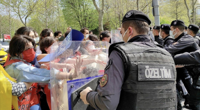 İstanbulda yürüş etmək istəyən 212 nəfər saxlanıldı