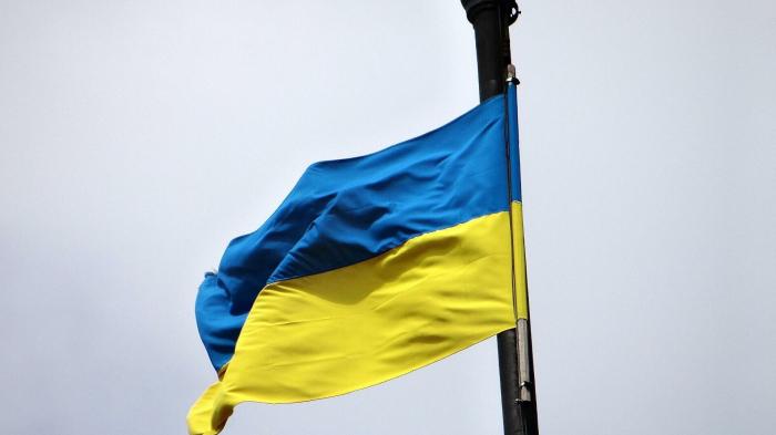 Ukrainische Nationalisten marschieren am Jahrestag der Tragödie von Odessa     – Video