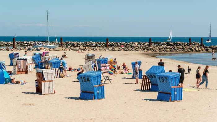 Bareiß: Sommerurlaub klappt, Pfingsten nicht