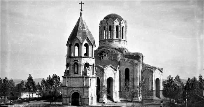 Gazantschi-Kirche in Schuscha:   Wie haben die Armenier die orthodoxe Kirche unterschlagen? -   FOTOS