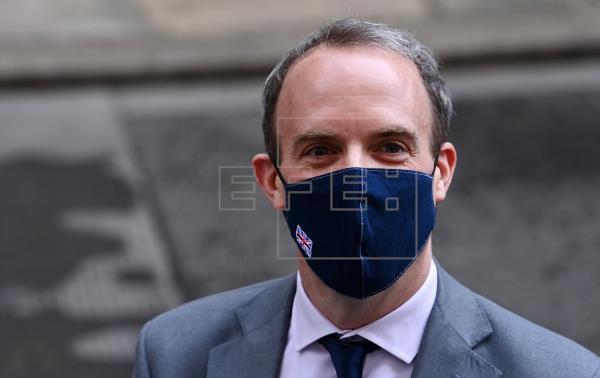"""Los ministros de Exteriores del G7 abordan las """"amenazas"""" a la democracia"""