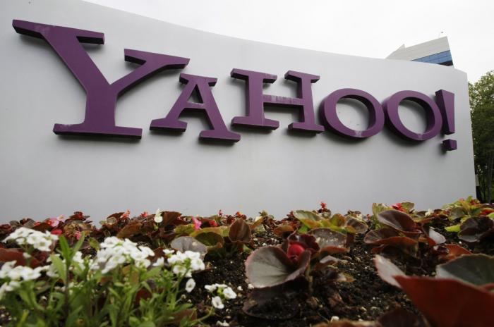 Verizon to sell internet trailblazers Yahoo, AOL for $5 billion