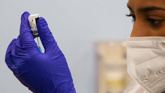 Impfschutz verstärkt sich bei Genesenen