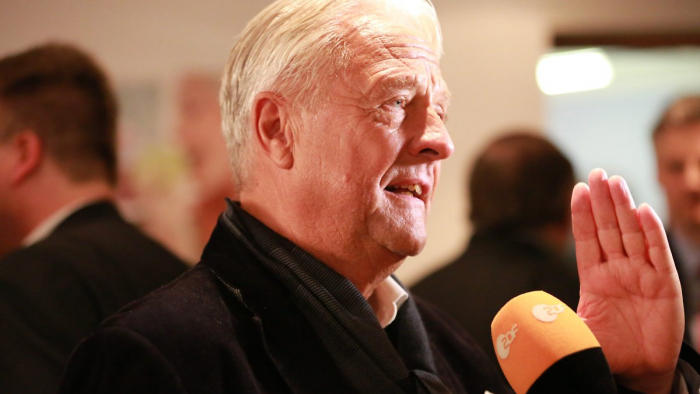 Berliner AfD distanziert sich von Facebook-Post von Ex-Vorsitzendem