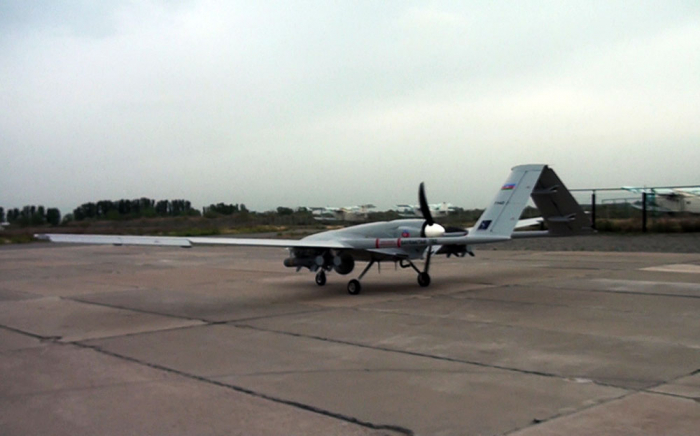 Los vehículos aéreos no tripulados realizan vuelos de entrenamiento