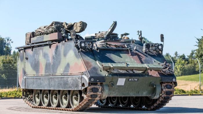 Vier Schweizer Soldaten bewusstlos in Panzer aufgefunden