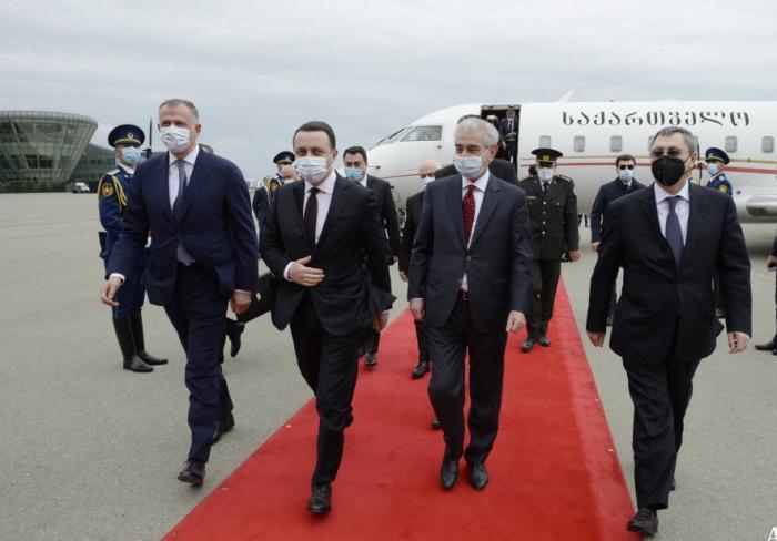 Le Premier ministre géorgien est arrivé en Azerbaïdjan