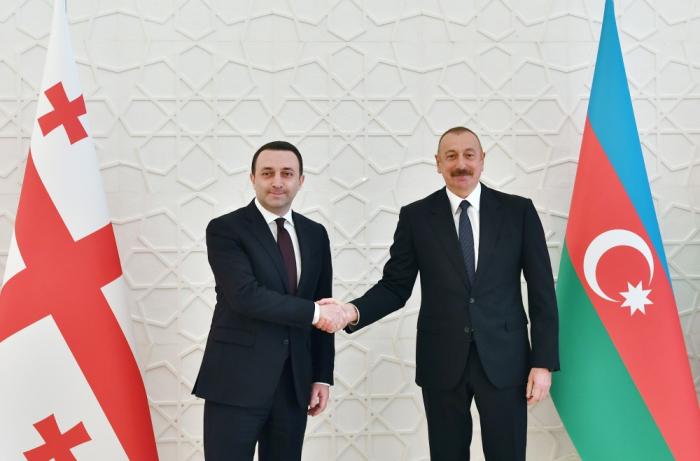 Ilham Aliyev recibe al primer ministro de Georgia - FOTOS