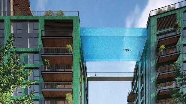La primera piscina transparente del mundo une dos edificios de Londres