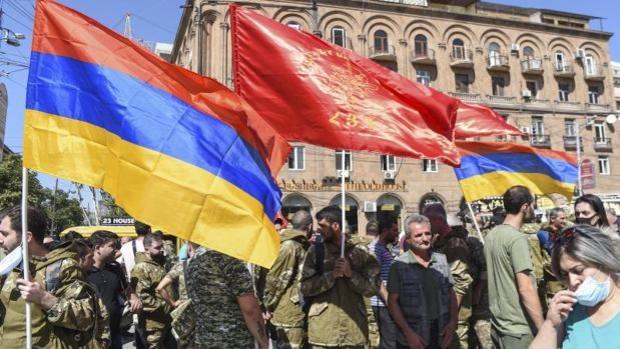Armenia se encamina hacia unas elecciones legislativas en junio para superar la derrota ante Azerbaiyán