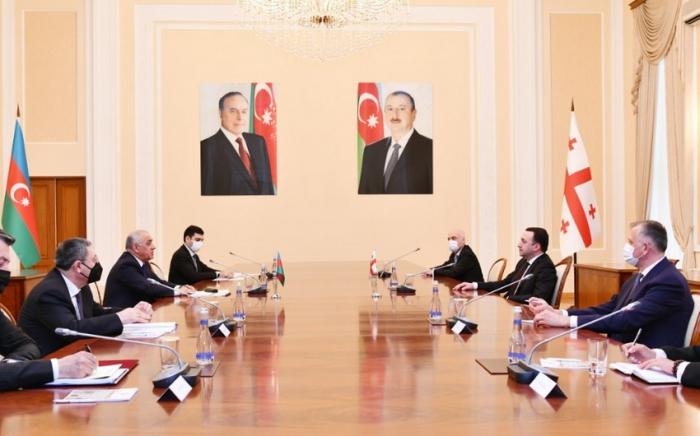 Le Premier ministre azerbaïdjanais rencontre son homologue géorgien