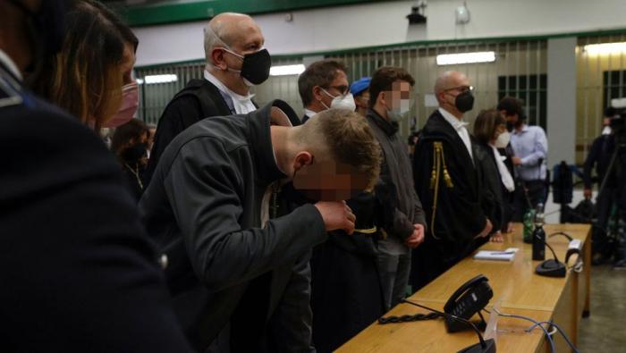 Polizist erstochen – Studenten aus den USA zu lebenslanger Haft verurteilt