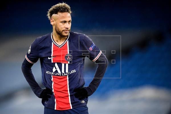 Neymar firmará este sábado su renovación hasta 2026, según L
