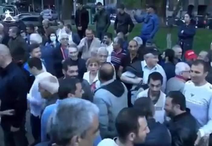 Des séparatistes arméniens protestent contre la Russie